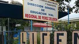 Condenan a tres funcionarios de Cosevi por cobros indebidos en pruebas de manejo en Pérez Zeledón