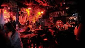 Refugio anti-Arjona: ¿cómo se vivió la noche en el bar que quiso huirle al 'Circo Soledad'?