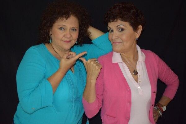 Las actrices Marcia Saborío y María Torres, con 30 años en la escena actoral y humorística del país, no dejan de reinventarse. Foto Archivo