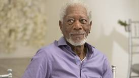 Morgan Freeman es señalado por acosos y conductas inapropiadas por 8 mujeres, según reporte de CNN