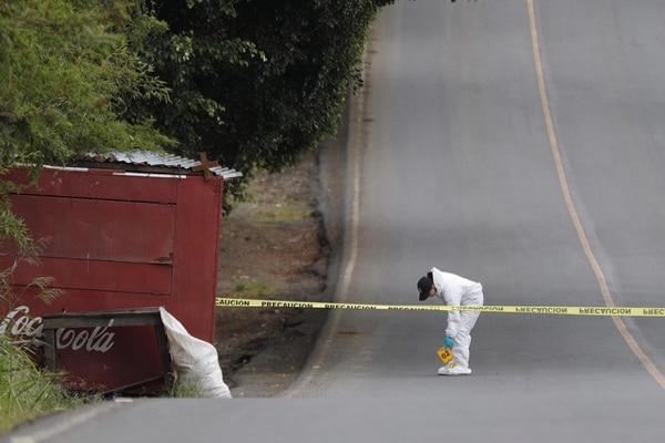 Agentes judiciales acudieron al sitio para recolectar indicios balísticos. Foto: José Cordero