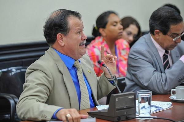 El diputado Abelino Esquivel es uno de los miembros de la Subcomisión de Asuntos Hacendarios que analizó el Presupuesto. | JOSÉ CORDERO