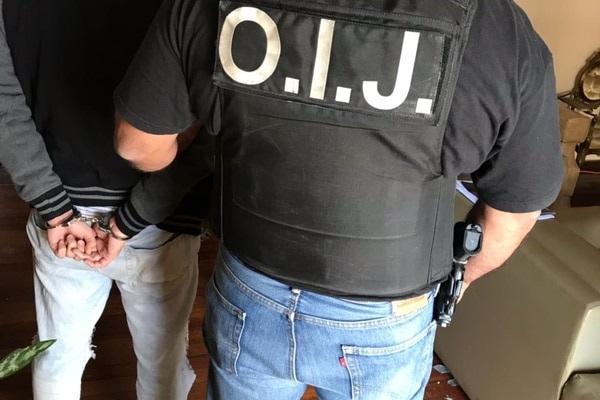 El hombre fue detenido en Guadalupe. Foto: OIJ para LN