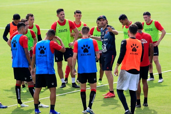 Alajuelense debutará en el campeonato nacional el 21 de julio de visita contra Guadalupe. Foto: Rafael Pacheco