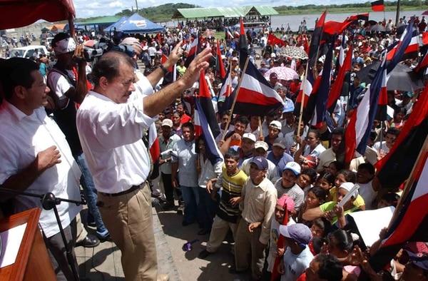 Daniel Ortega en el poblado de San Carlos, Río San Juan, mientras participaba en un acto proselitista con miras a a las anteriores presidenciales en Nicaragua. | ARCHIVO