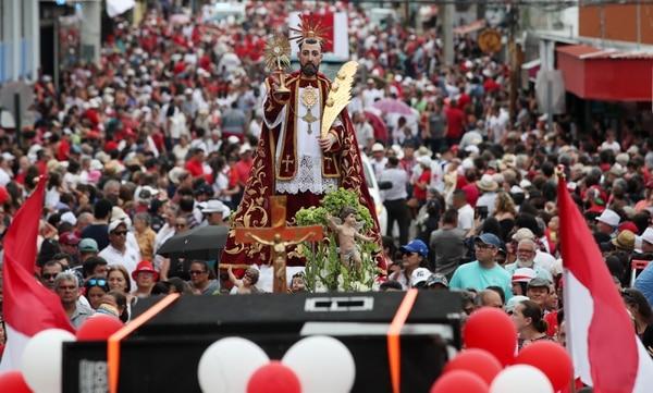El patrono San Ramón durante la Entrada de los Santos. Fotografía: John Durán.