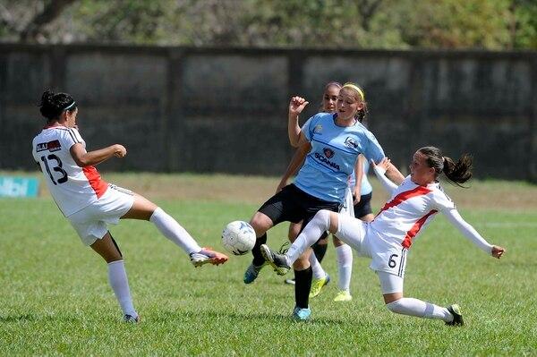 Las moravianas se impusieron 3-1 a Alajuela en la final del futbol femenino, que se disputó esta tarde en el estadio Municipal de Carrillo.