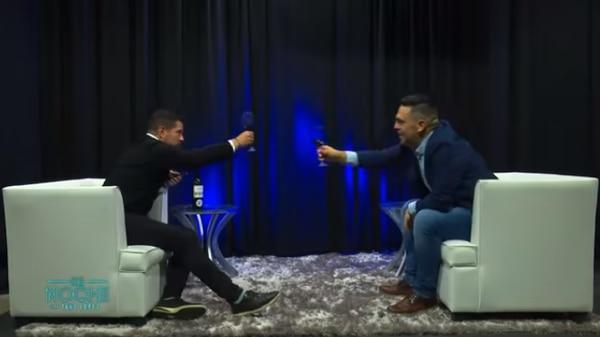 Tavo López y Pablo Guzmán: el brindis de las confesiones. Sesudo programa, muy valiente Pablo Guzmán. Foto Captura