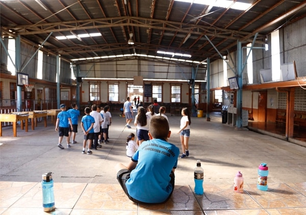 La escuela Rafael Vargas Quirós, en Colima de Tibás, tiene 400 estudiantes. Fotografía: Albert Marín.