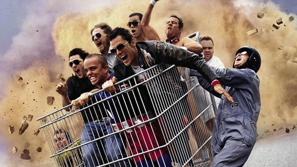 La icónica escena final de la primera película de Jackass , sobre un carrito de supermercado. | AFP.