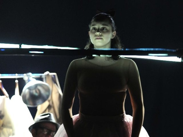 Con dinero de Iberescena, Sotavento produjo en agosto Ateo + Dios. En la foto, los actores Amanda Rodríguez y Antonio Rojas. ArchivoGanadores 2011.