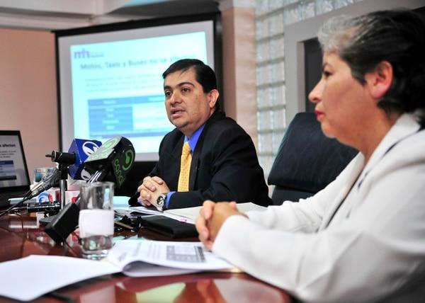 El director general de Tributación, Carlos Vargas, informó que los cierre de negocios continuarán en el resto del año.