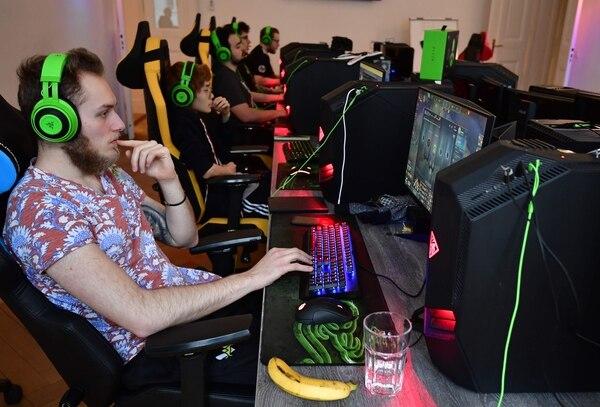 La Gamescom de Colonia, uno de los salones de videojuegos más importantes en Europa, que se celebra esta semana en Alemania, es una ocasión ideal para Google para seducir a los visitantes. Foto: AFP.