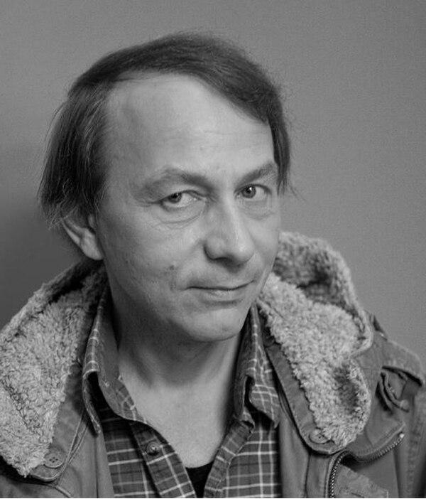 El escritor francés Michel Houellebecq es autor de múltiples novelas y libros de ensayos.