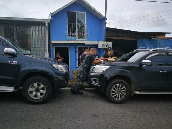 Una joven de 24 años fue detenida en San Ramón como sospechosa de venta de droga. Foto: OIJ para LN