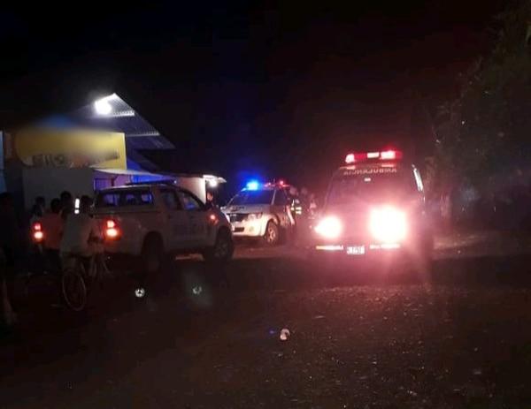 Frente a un bar en La Trinchera de Veracruz de Pital, de San Carlos, se produjo una riña que dejó tres hombres heridos con arma blanca. Foto de Édgar Chinchilla