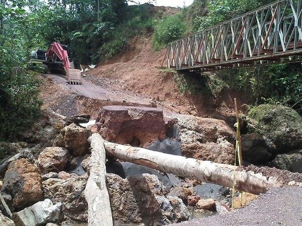 La caída de las estructuras impide continuar algunos trabajos en la trocha fronteriza 1856. | CARLOS HERNÁNDEZ