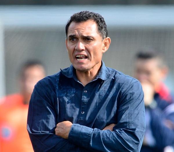 Luis Diego Arnáez, Verano 2010. Empezó el campeonato pero fue cesado el 7 de marzo de 2010. Dejó al equipo en la última casilla con cuatro puntos en ocho partidos.