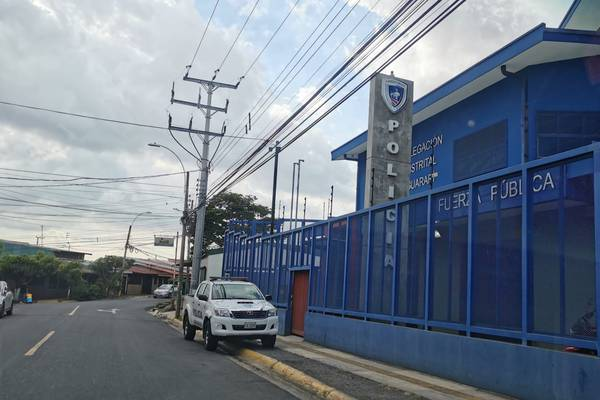 Cruz Roja atendió a herido de bala en delegación de Guararí de Heredia