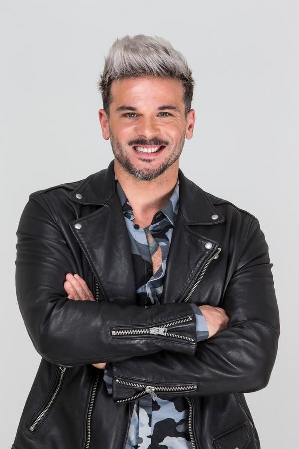 Pedro Capó visitó La Nación como parte de la promoción de su éxito 'Calma Remix'. Foto: Alejandro Gamboa