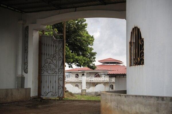Esta propiedad en La Guácima, quitada por sentencia firma al narco, podría albergar una sede policial a futuro, según el ICD. Foto: Jeffrey Zamora