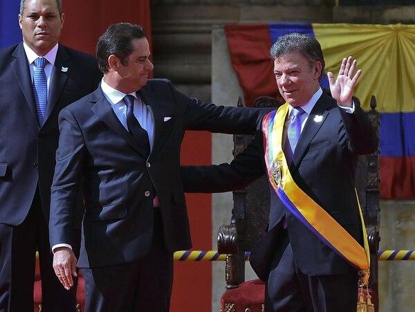 Juan Manuel Santos ya fue juramentado.