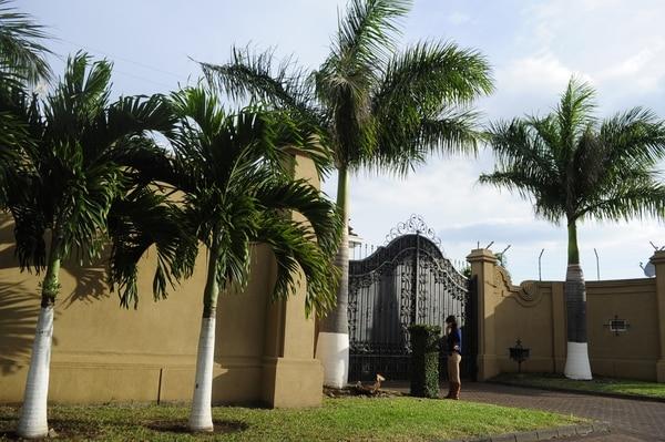 En la casa de Paulo César Wanchope, en Belén, Heredia, el ambiente era tranquilo esta tarde.