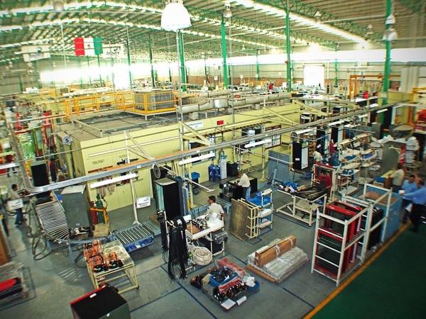 La firma mexicana adquirió a Companhia Fluminense por $448 millones en efectivo.