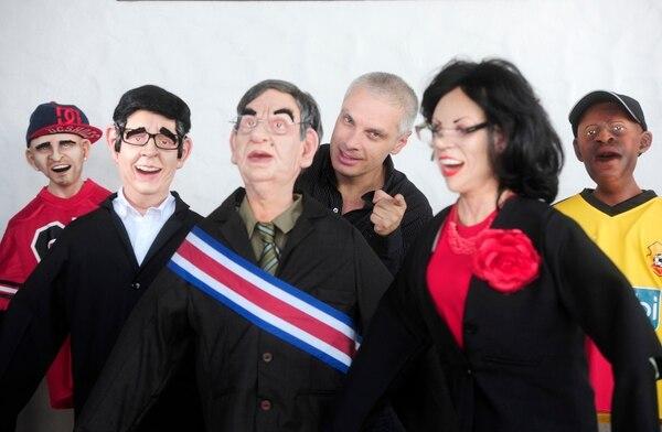 Las parodias con muñecos de látex son parte de los nuevos proyectos del comediante. Fotografia: John Durán.