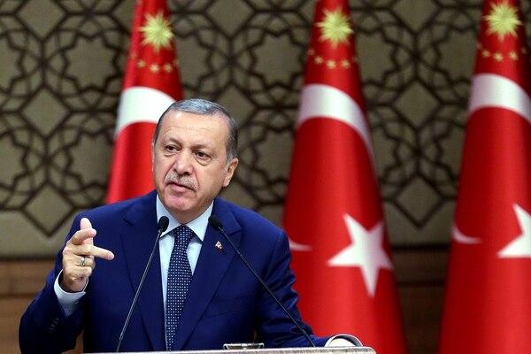 El presidente de Turquía, Recep Tayyip Erdogan, pronunció un discurso este jueves ante la Cámara de Comercio en Ankara, Turquía. | AP