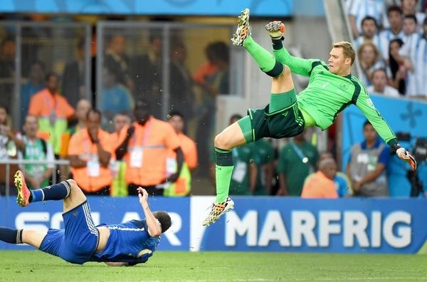 El portero alemán Manuel Neuer tuvo un papel destacado en la final contra Argentina.