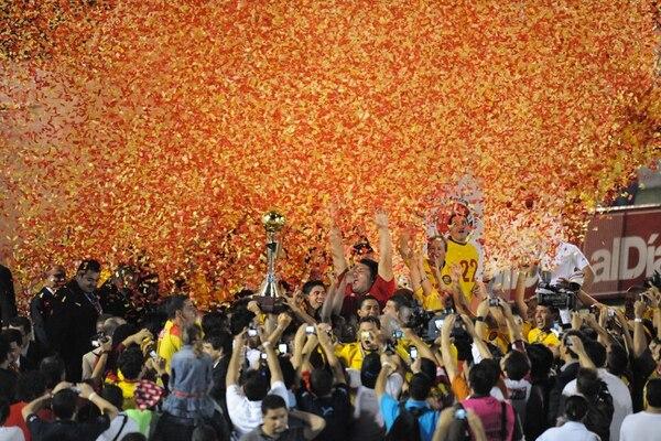 Herediano se coronó campeón del Torneo de Verano 2012 en el Ebal Rodríguez.