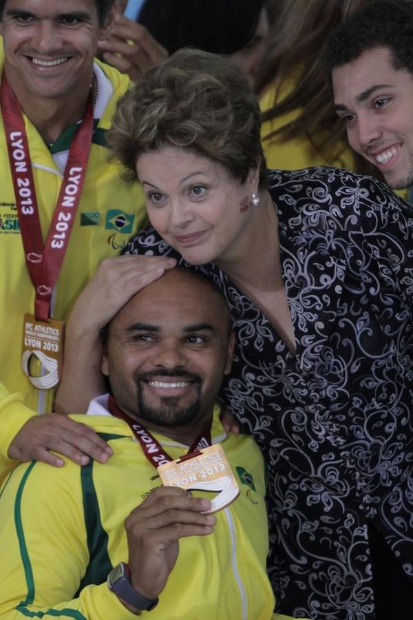 El Gobierno de la presidenta de Brasil, Dilma Rousseff, se puso como meta controlar la inflación aunque la economía del país no crezca conforme a las metas.