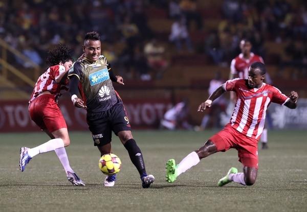 El azteca Julio Cruz vio acción ante el Árabe Unido de Panamá, en un partido amistoso. En el campeonato jugó 65 minutos ante Guadalupe FC y solo realizó un remate desviado de cabeza.