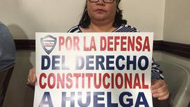 Diputados llaman a sindicatos y empresarios a discutir reforma a huelgas