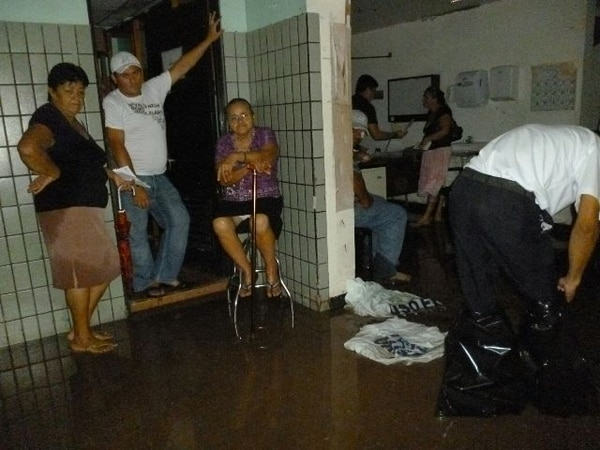 La inundación se produjo después de las 2 p. m. | FREDDY PARRALES.