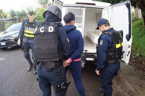 La mujer de apellido Better, detenida como sospechosa de narcotráfico tiene antecedentes por tentativa de homicidio. Foto: PCD