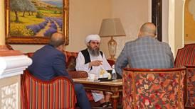 Talibanes se reúnen con delegación de Estados Unidos y la Unión Europea en Catar