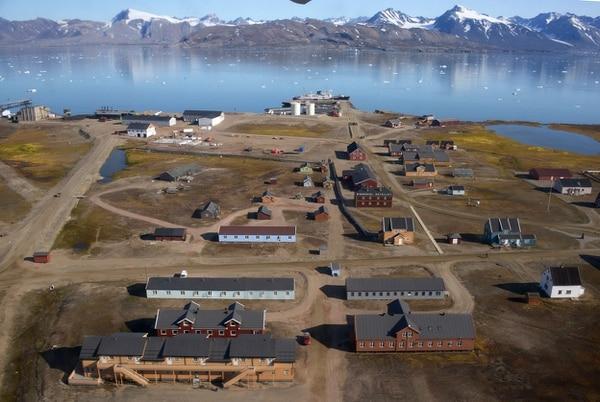 El observatorio Ny Alesund se ubica en el ártico noruego, un sitio privilegiado para la investigación en cambio climático.