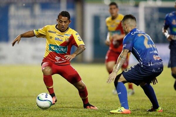 José Sánchez ingresó de cambio ante Pérez Zeledón en el juego de ida de la final del Apertura 2017. Fotografía José Cordero