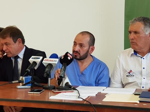 El Dr. Cristhiam Moraga estuvo a cargo del control antidopaje en la Vuelta a Costa Rica. Foto: Fanny Tayver