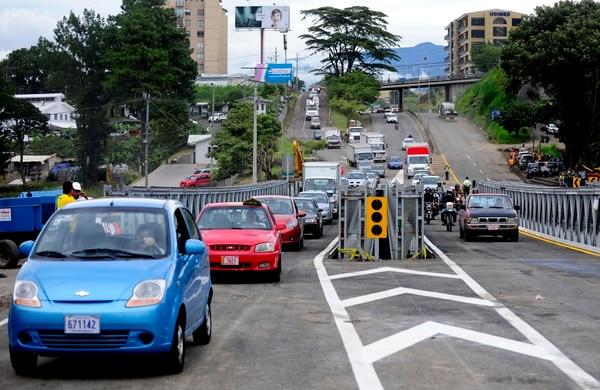 Desde el 24 de agosto el paso por esta zona presenta complicaciones. Los primeros cuatro puentes bailey que se pusieron fueron retirados semanas después.