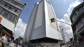 Pensiones del Banco Nacional urgen drástica reforma para salvarse