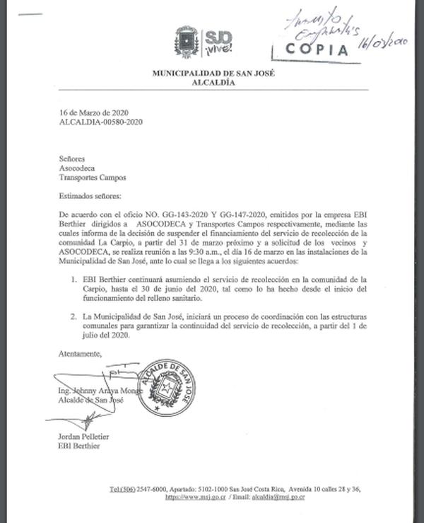 Carta de renovación del contrato para recoleccion de la basura de La Carpio, firmada entre Johnny Araya y la empresa recolectora el día 16 de marzo del 2020.