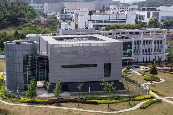 Esta fotografía aérea muestra al laboratorio P4 del Instituto de Virología de Wuhan, en la provincia central china de Hubei, el 17 de abril del 2020. Foto: AFP