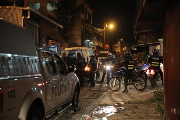 Pese al intenso operativo policial, todavía no se tiene rastros de los asesinos de La Carpio.