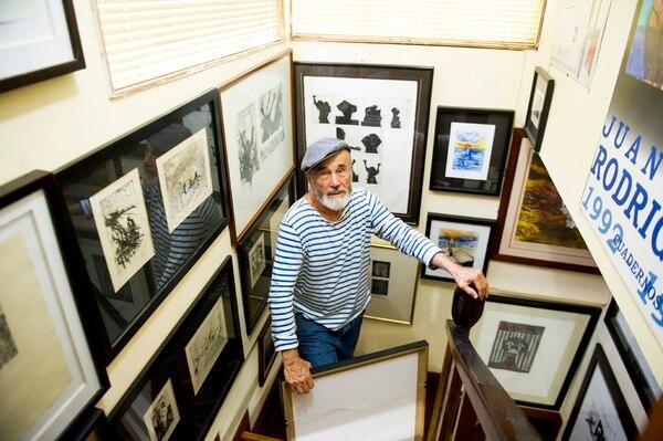 Prolífico. Rodríguez es uno de los artistas más relevantes de la plástica en Costa Rica. Aquí en su casa.