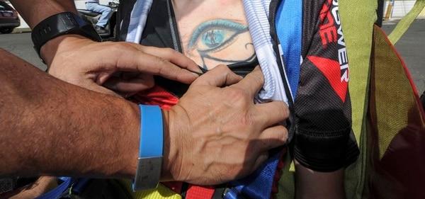 Este es el tatuaje que tiene Juan Gutiérrez en el pecho.