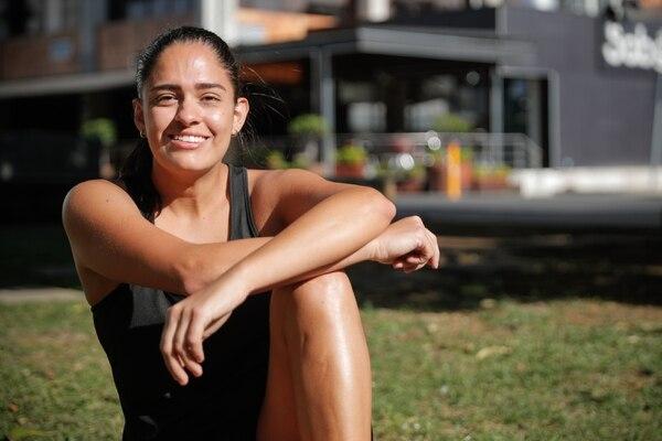 Diana Valdivia jugó fútbol durante 10 años y se retiró en 2015, año en el que empezó a correr de manera aficionada. Foto Jeffrey Zamora