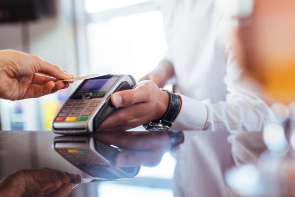 La morosidad en tarjetas de crédito es es más alta en los bancos privados. Foto: Shurtterstock.